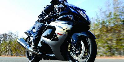 GSX1300RAL3_Action_19