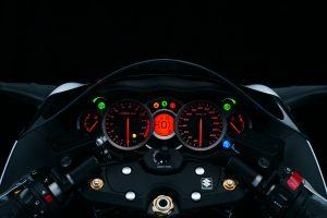 GSX1300RA_Instruments_1