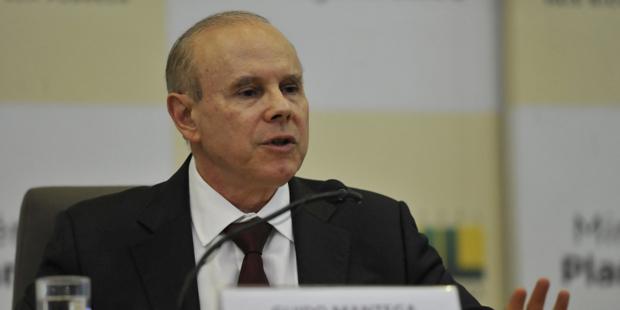 Mantega diz que corte será positivo para as conta do governo | Elza Fiuza/ABr