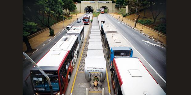Hoje, São Paulo conta com 324,4 quilômetros de vias exclusivas | André Porto/Metro
