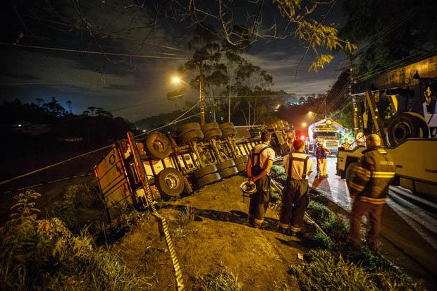 Duas pessoas morreram no acidente | Avener Prado / Folhapress