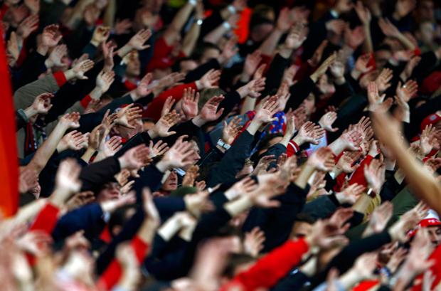 O Arsenal perdeu o jogo, mas a torcida fez sua parte e deu show | Eddie Keogh/Reuters