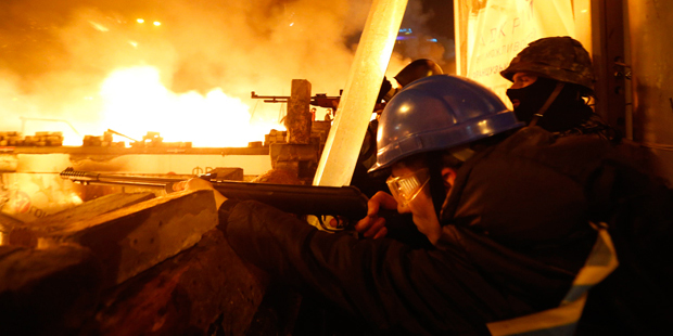 Confrontos em manifestações também deixaram 241 feridos, sendo 79 policiais e 5 jornalistas / Vasily Fedosenko / Reuters