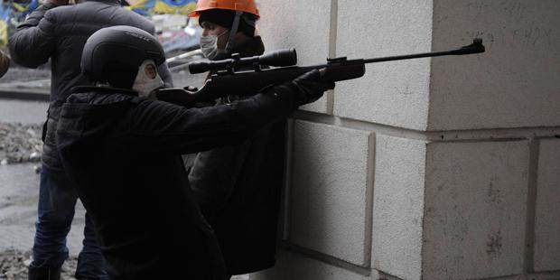 Confrontos têm causado mortes na Ucrânia | Konstantin Chernichkin / Reuters
