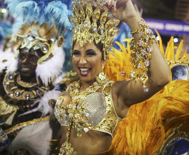 Patricia Nery, rainha da bateria da Portela / Pilar Olivares / Reuters