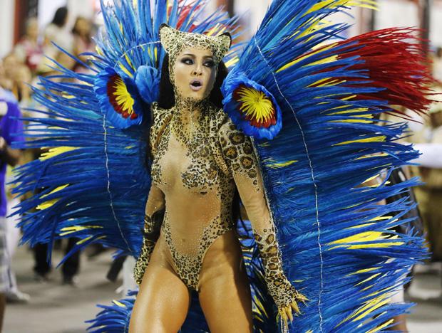 Sabrina Sato, rainha da bateria da Vila Isabel / Sergio Moraes / Reuters