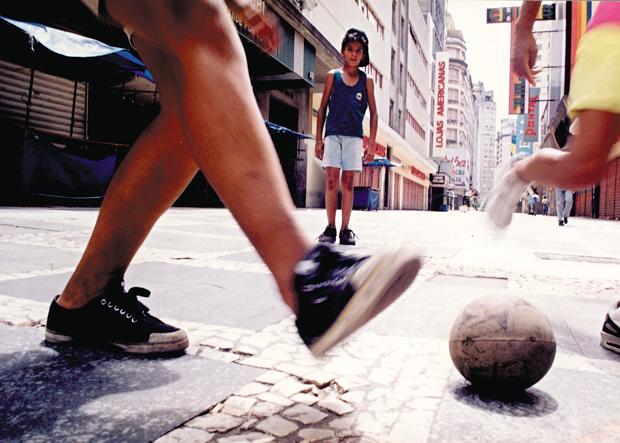 Bom desempenho acadêmico pode ajudar o atleta a participar de intercâmbio  | Eder Chiodetto/Folhapress