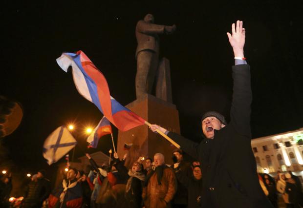 O Parlamento da Crimeia pediu oficialmente para se tornar parte da Rússia nesta segunda | /Sergei Karpukhin / Reuters