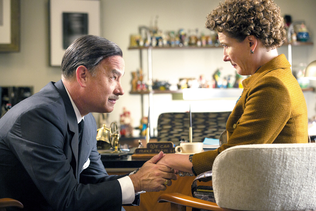 Tom Hanks e Emma Thompson reencenam os atritos de Disney e P.L. Travers em 'Walt nos Bastidores de Mary Poppins' | Divulgação