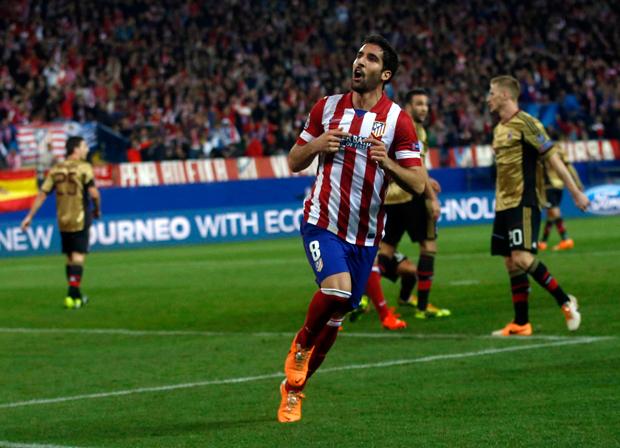 Raul Garcia, do Atlético de Madrid, comemora gol contra o Milan pelas oitavas de final da Liga dos Campeões | Juan Medina/Reuters