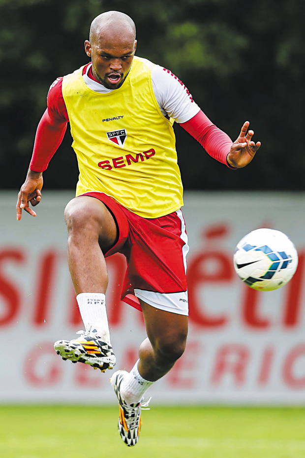 Zagueiro Edson Silva quer time focado hoje | Leandro Martins/Futura Press