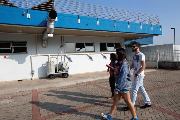 Exaustores estão espalhados por todo o campus | André Porto/Metro