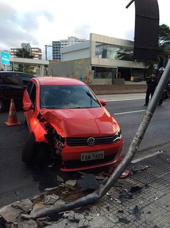 Acidente aconteceu na Eusébio Matoso | Renata Carvalho/SulAmérica Trânsito