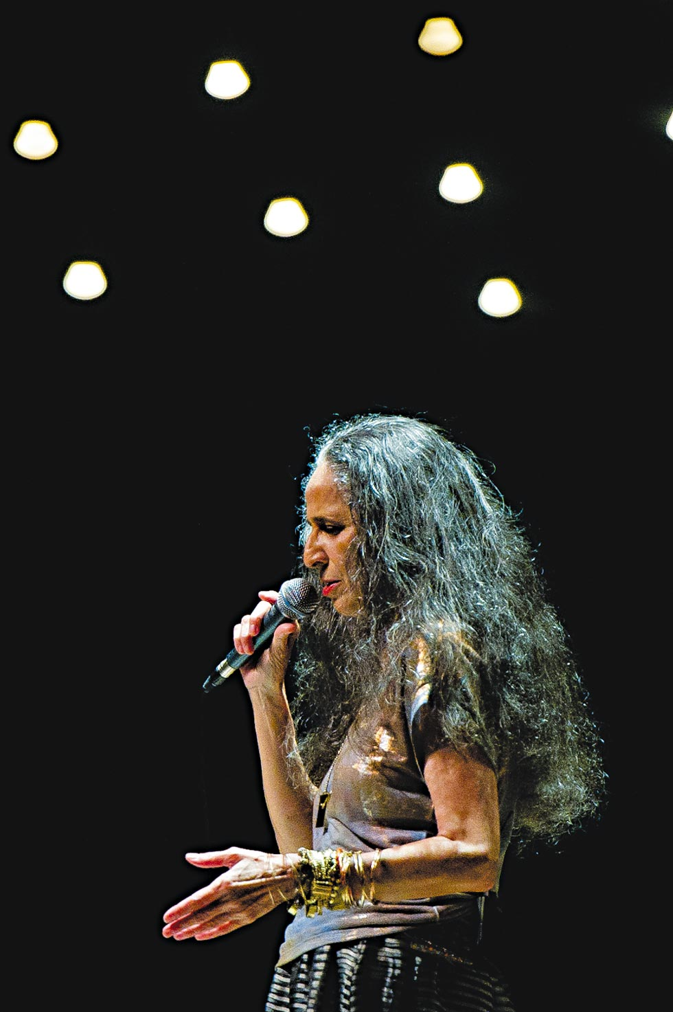 Bethânia traz seu recital a São Paulo | Mariana Vianna/Divulgação