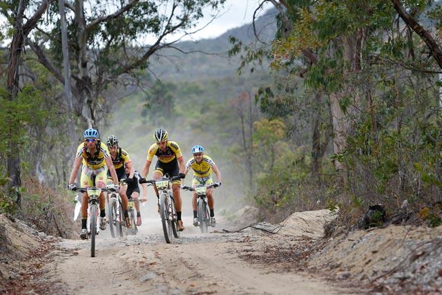 Líderes da competição em fuga | Fábio Piva/ Brasil Ride
