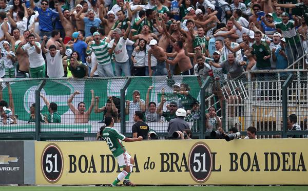 Henrique comemora o gol do Palmeiras | Friedemann Vogel/Getty Images