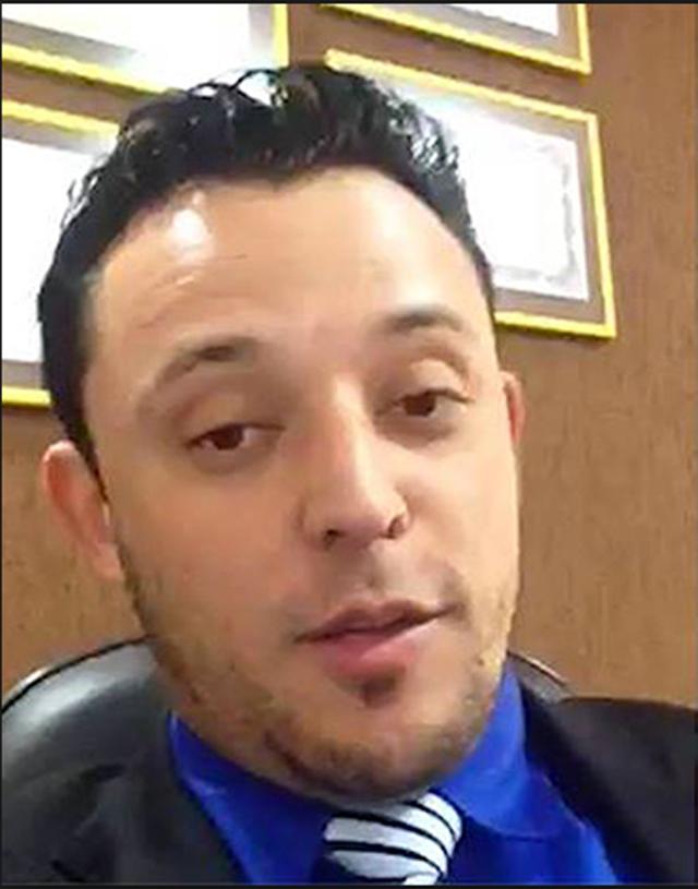 O advogado, que gravou vídeo ostentando dinheiro e enviou pelo WhatsApp | Reprodução