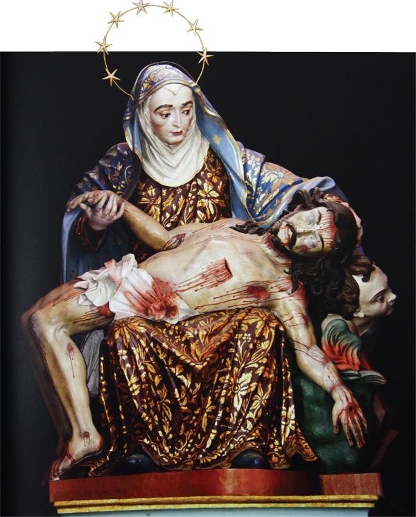 Nossa Senhora da Piedade, em madeira dourada (1774) | Mácrio  Carvalho/Reprodução livro