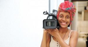 Depois de curso técnico e estágio na área, Kamilla Bianca segue agora para a faculdade de cinema   André Porto/ Metro