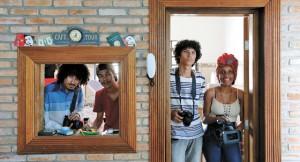 Vini, Renato, Caio e Kamilla, estagiários na Preta Portê   André Porto/ Metro