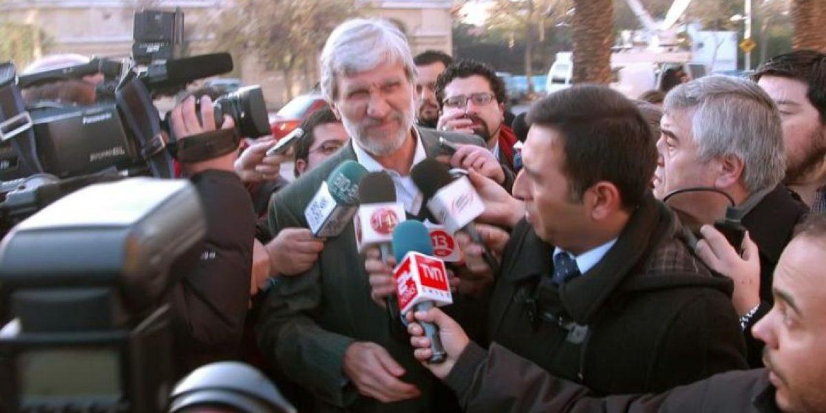 Un irreconocible Carlos Cruz llegó a tribunales para conocer su condena
