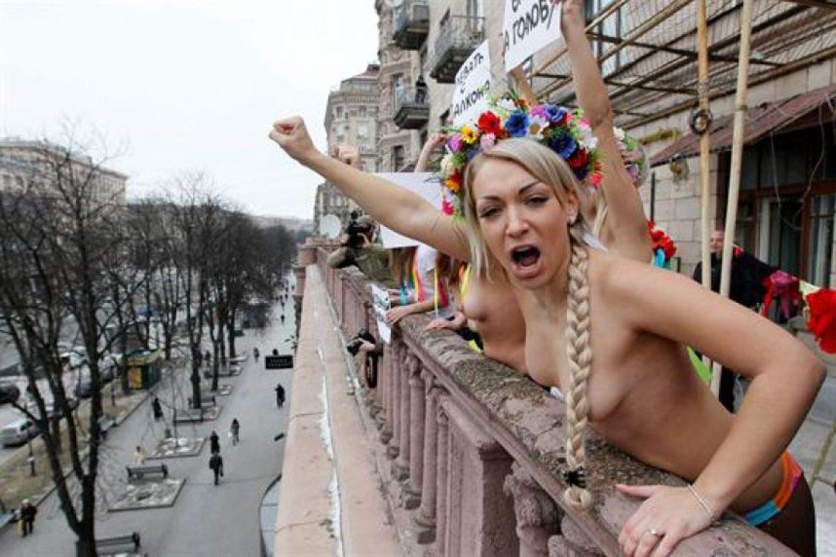 минете женщина украинская шлюха фото откровенная эротика блоге