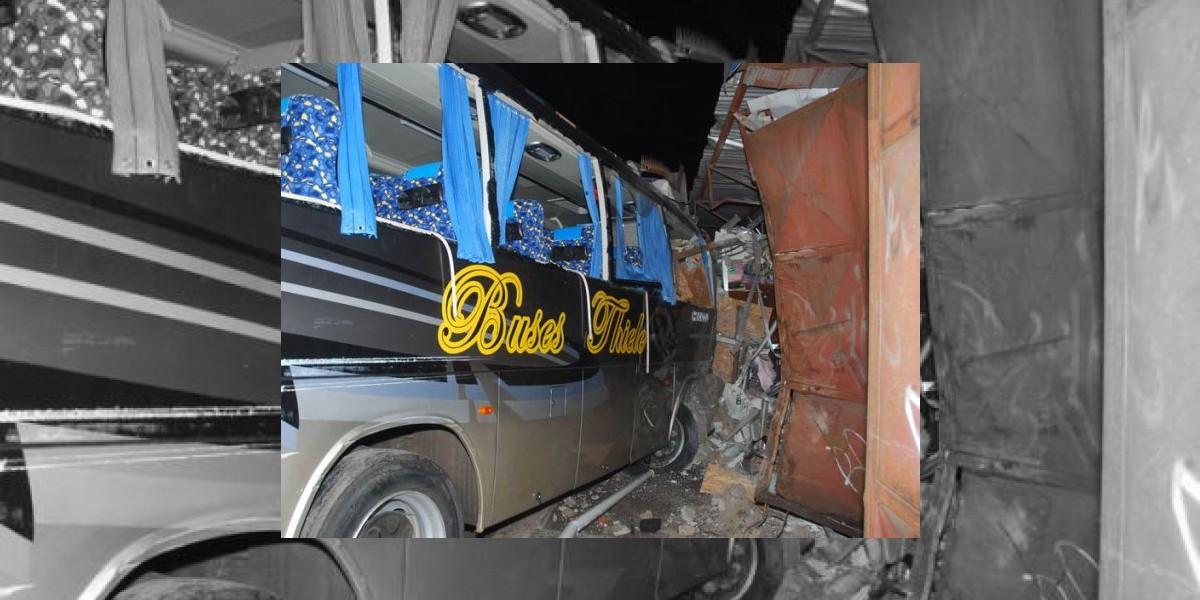 Choque múltiple deja cinco muertos en Antofagasta
