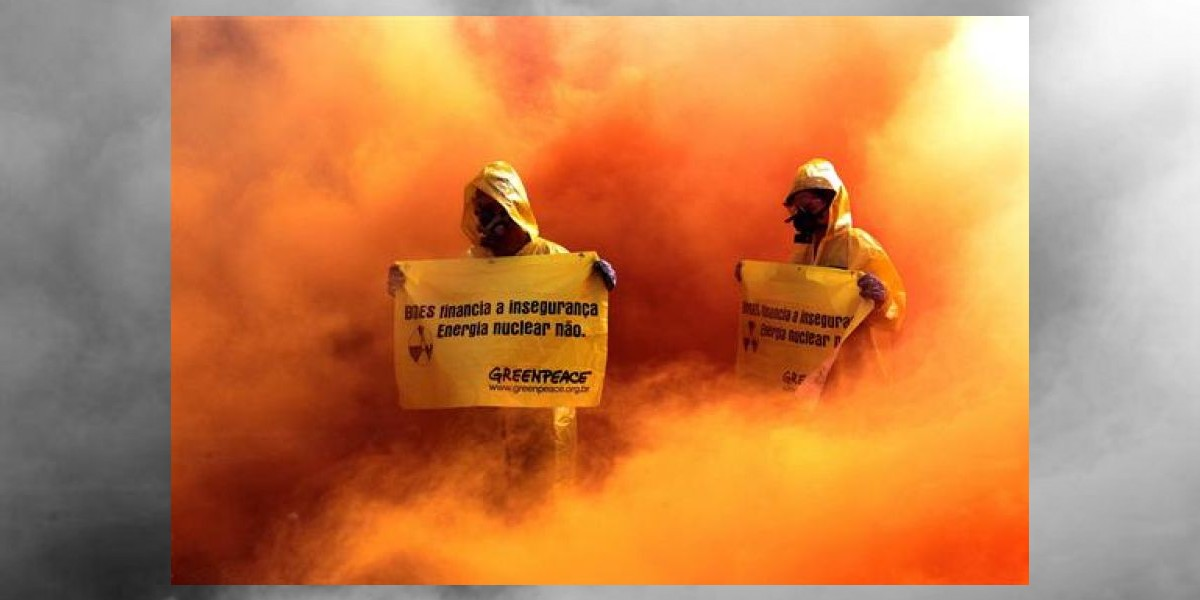 Greenpeace simuló un  accidente nuclear en Brasil