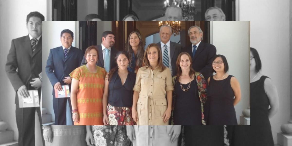 Primera Dama de México se reunió con Artesanías de Chile
