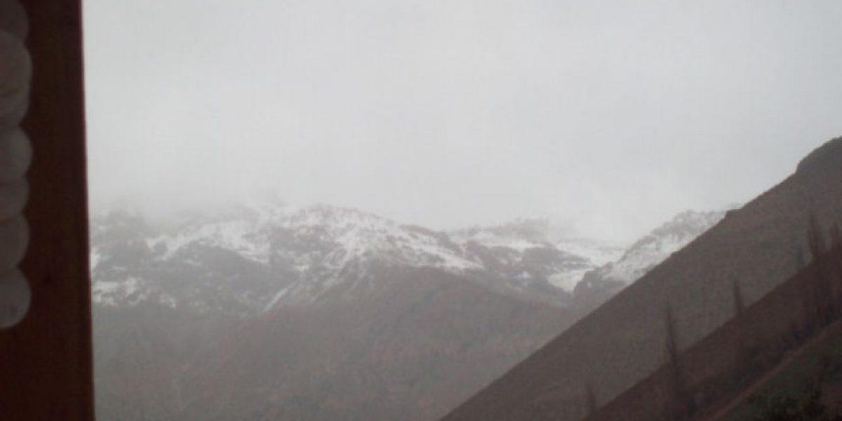 Inusual sistema afecta a la IV Región: Hasta nieve en el Valle de Elqui