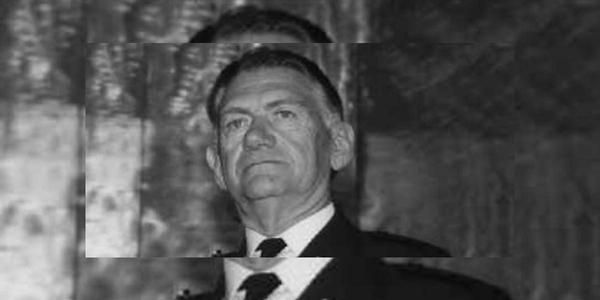 Padre de Evelyn Matthei declarará por muerte de Salvador Allende