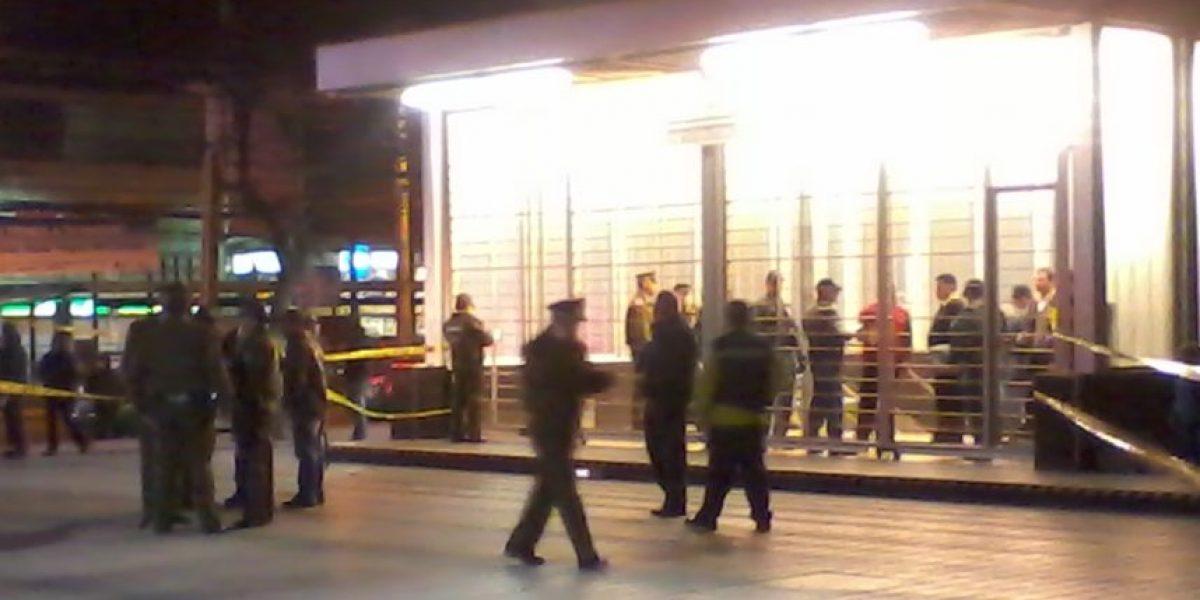 Tres muertos deja tiroteo en Metro Plaza de Maipú