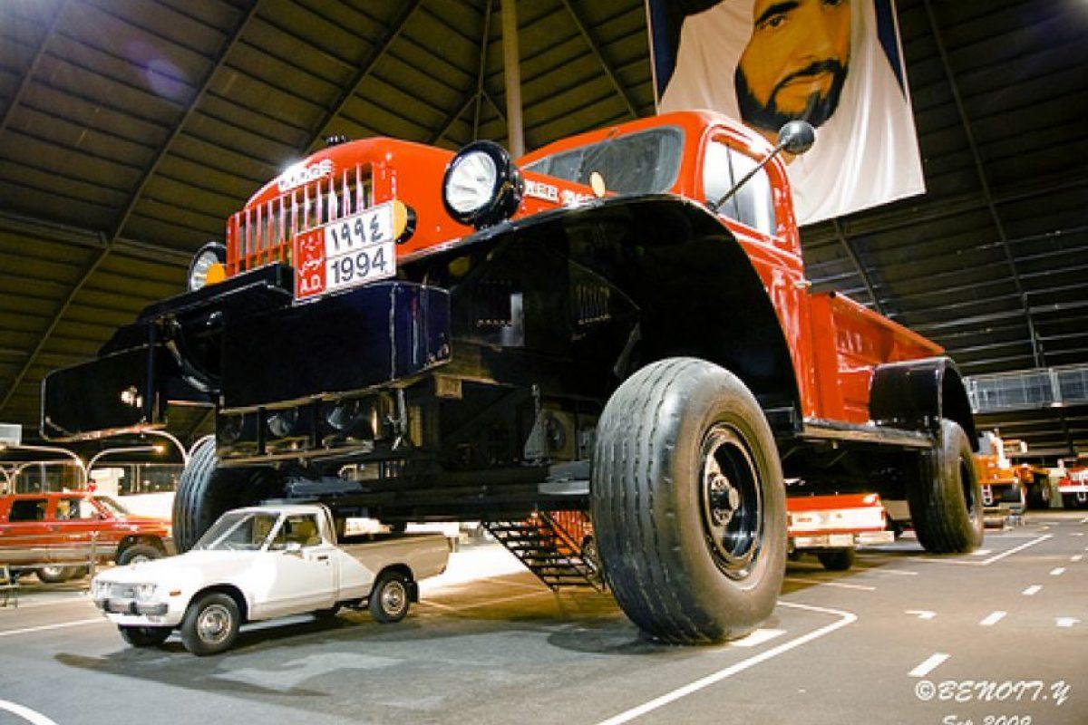 La camioneta gigante.. Imagen Por: