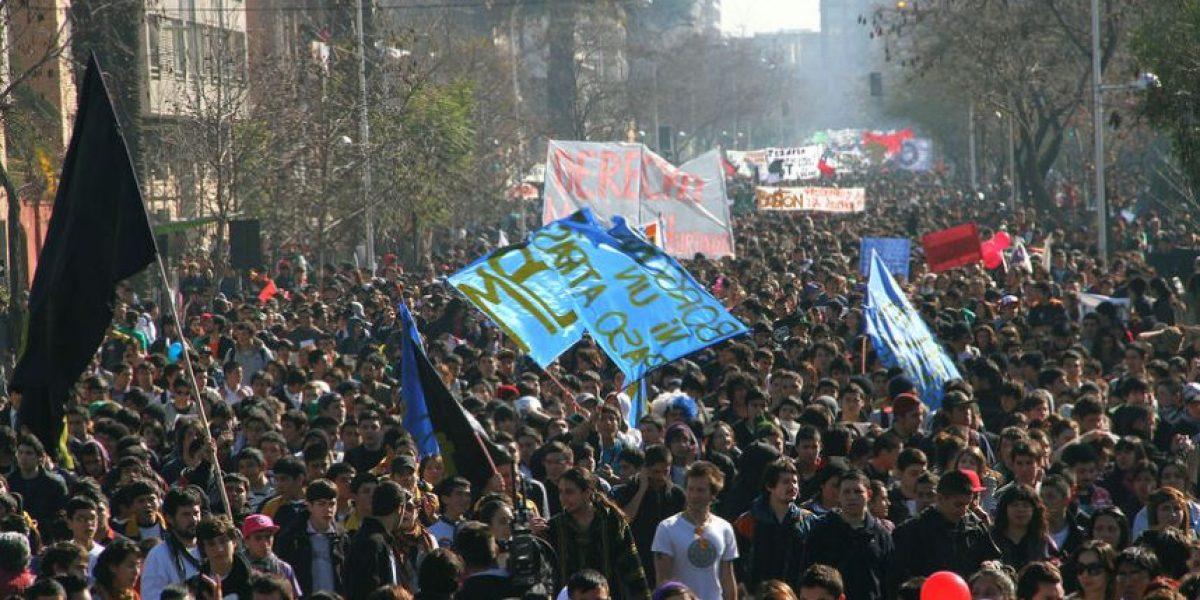 Conflicto estudiantil: Así fue la nueva marcha por el centro de Santiago
