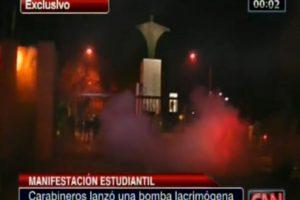 El polémico actuar se desarrolló en el frontis del Campus San Joaquín de la Universidad Católica. Foto:Captura CNN Chile. Imagen Por: