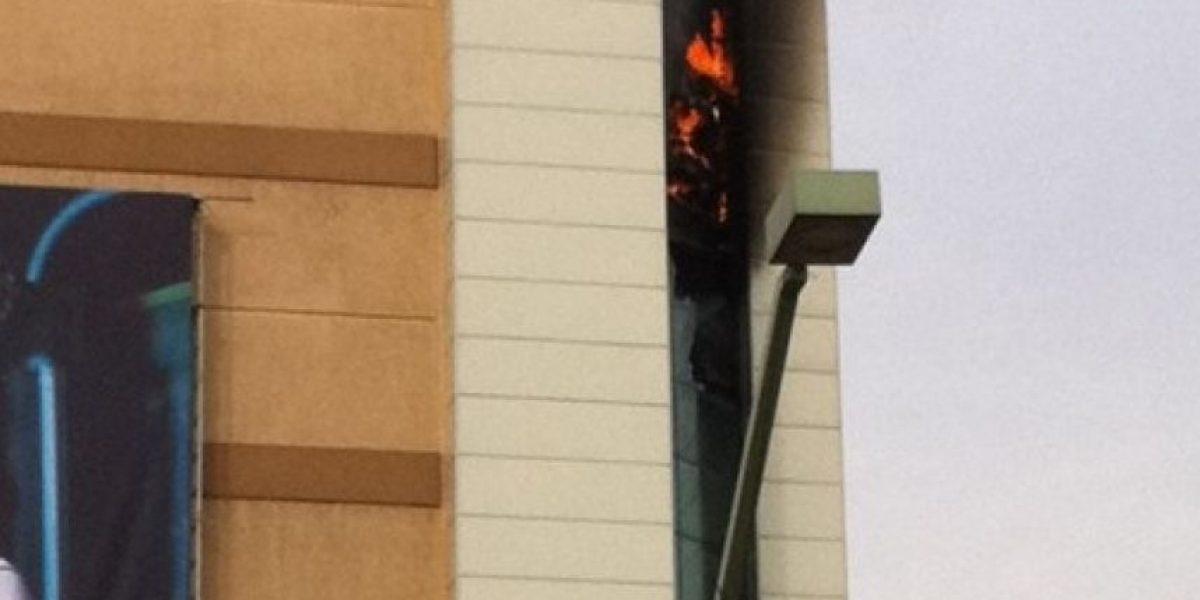 Amago de incendio en Alto Las Condes obligó la evacuación de los clientes