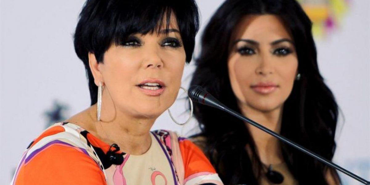 [FOTOS] Kim Kardashian y su madre llevan su belleza a tierras árabes