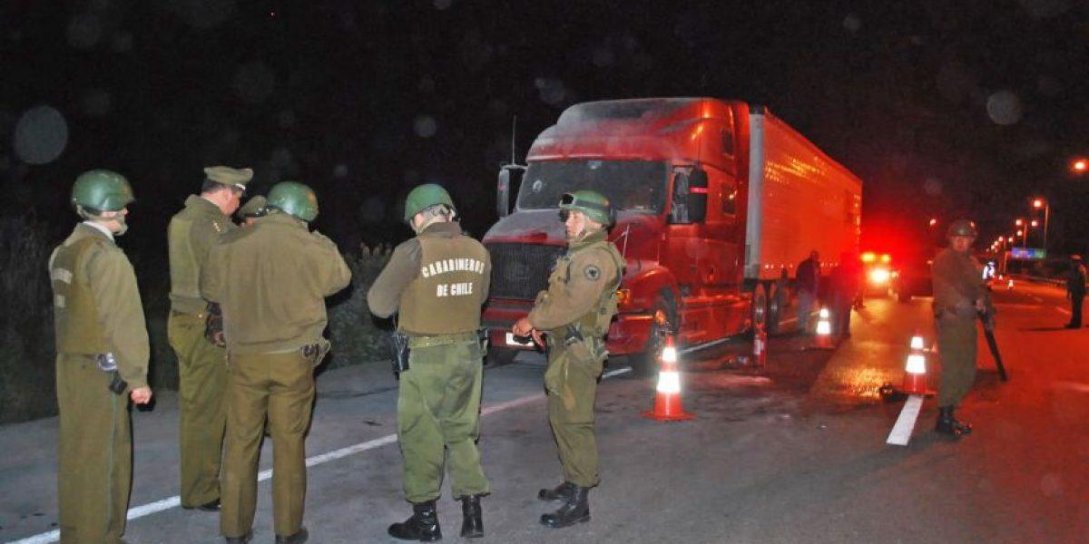 Encapuchados queman dos camiones en Ercilla