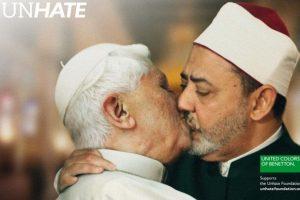 Benedicto XVI y Ahmed Mohamed el-Tayeb, imán de la mezquita Al-Azhar en El Cairo. Imagen Por: