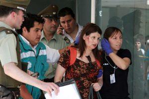 La cajera que resultó herida. Foto:Sylvio García / Publimetro. Imagen Por: