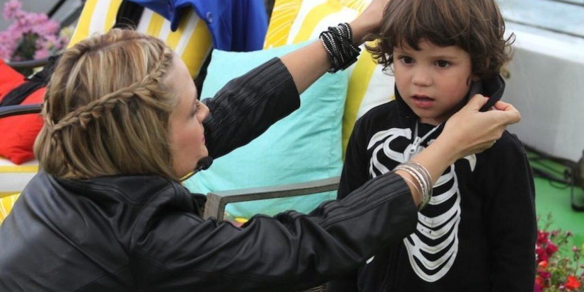 [FOTOS] Nicole disfruta junto a su hijo León en Viña del Mar