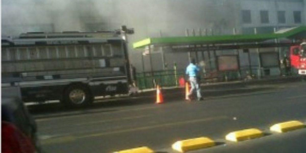 [FOTOS]Controlado amago de incendio en la estación del Metro Moneda