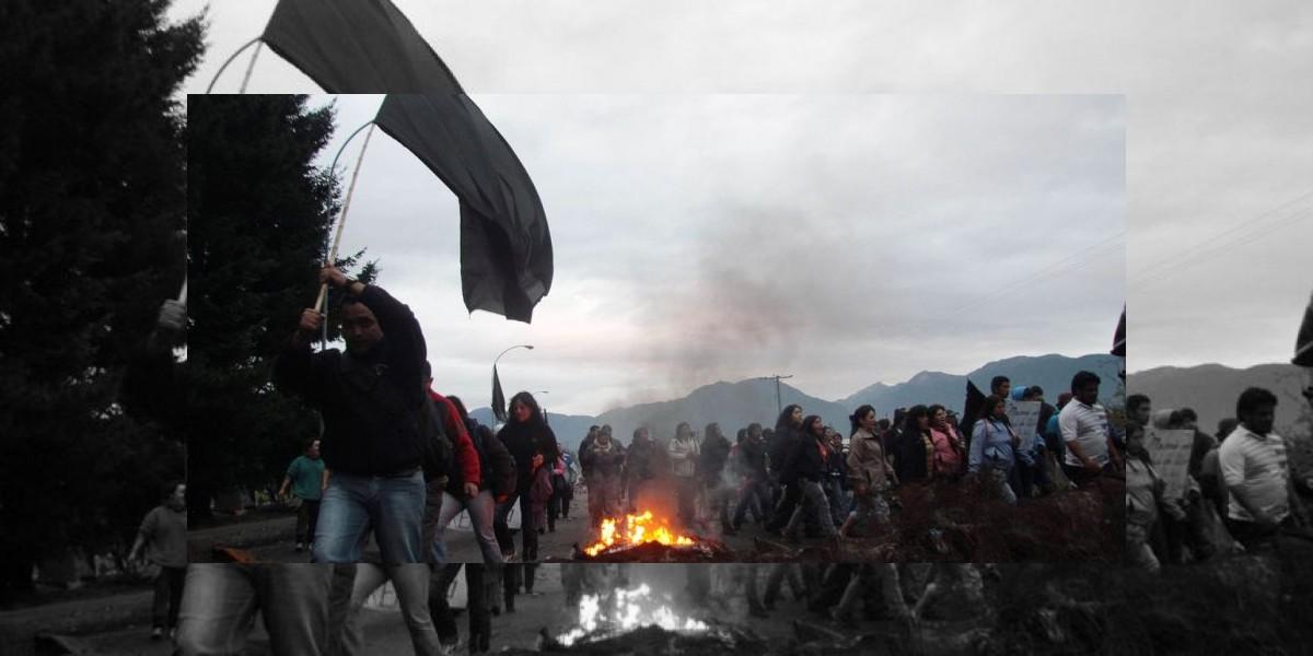 Nuevos bloqueos de rutas y duros enfrentamientos en Aysén