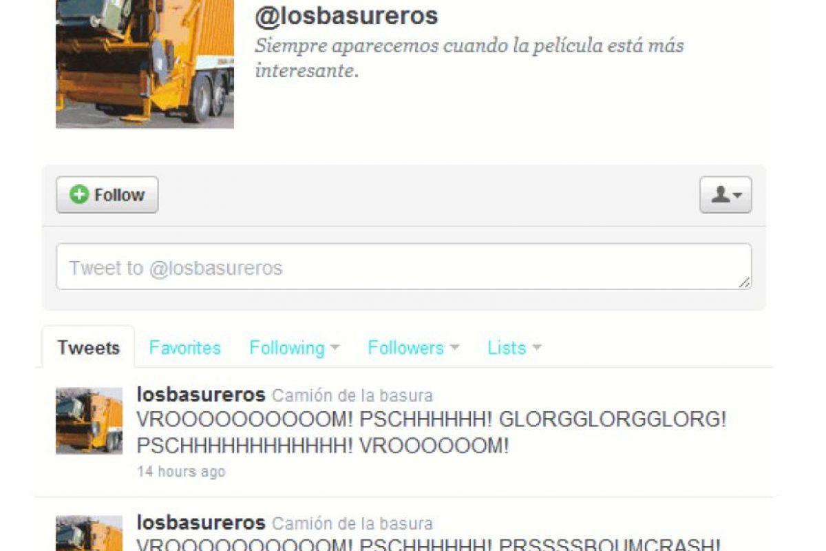 2.- @Losbasureros: El camión de la basura tuitea sus propios sonidos y como dice en su biografía cuando la película está en lo más interesante. Foto:Reproducción. Imagen Por: