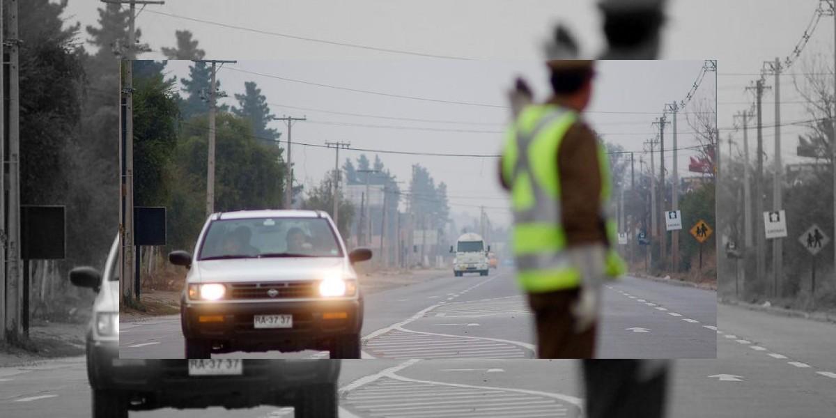 Sujeto intentó sobornar a policías  para que lo dejarán ir en auto robado