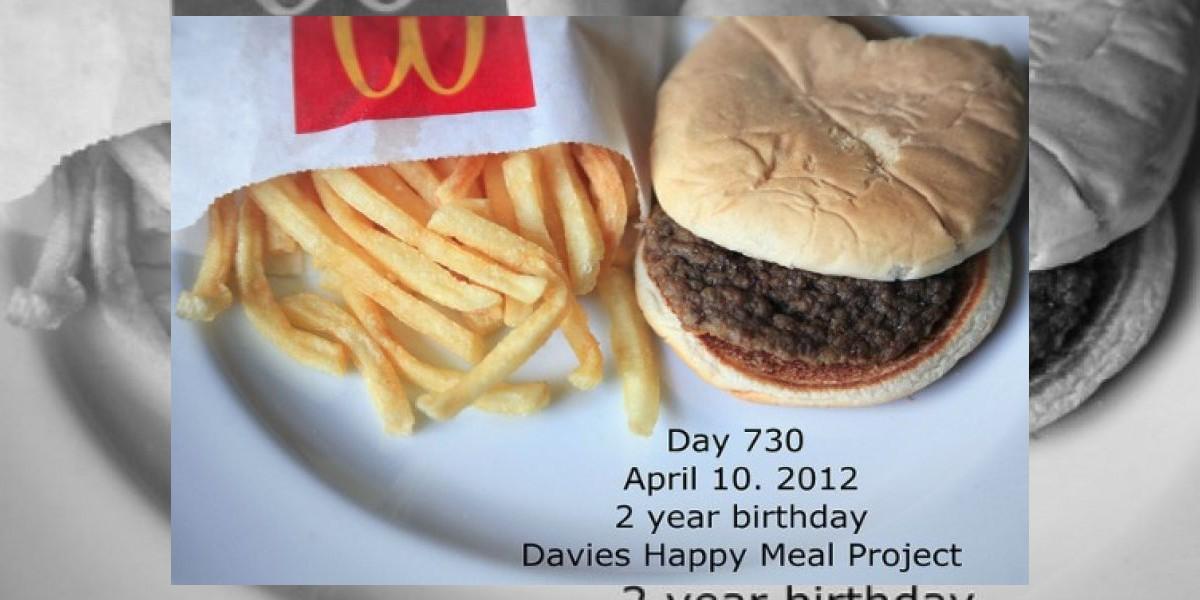 Esta es la historia de la hamburguesa que tiene 2 años y no se ha descompuesto