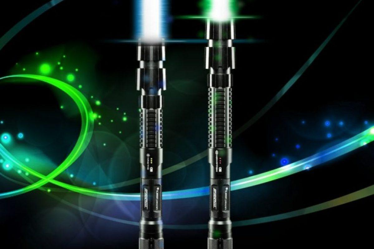Las hay en dos colores: azul y verde. Foto:wickedlasers.com. Imagen Por: