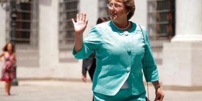 """""""The Huffington Post"""" califica a Bachelet como """"defensora para las mujeres del mundo"""""""