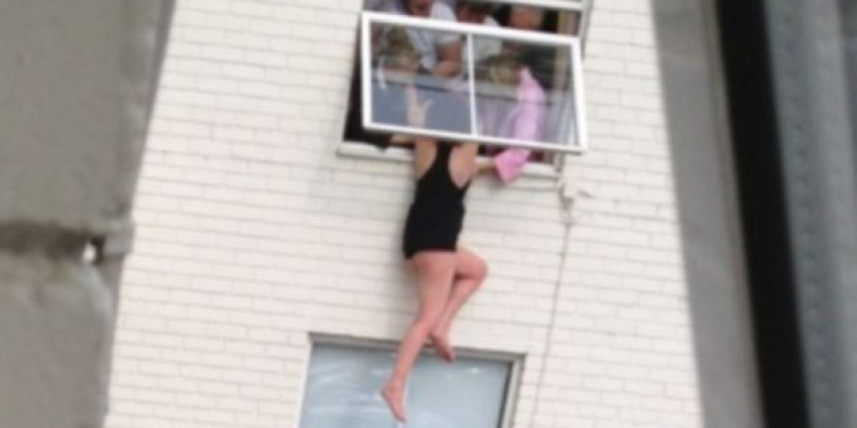 Impactantes imágenes: Amigos frustraron el suicidio de una joven