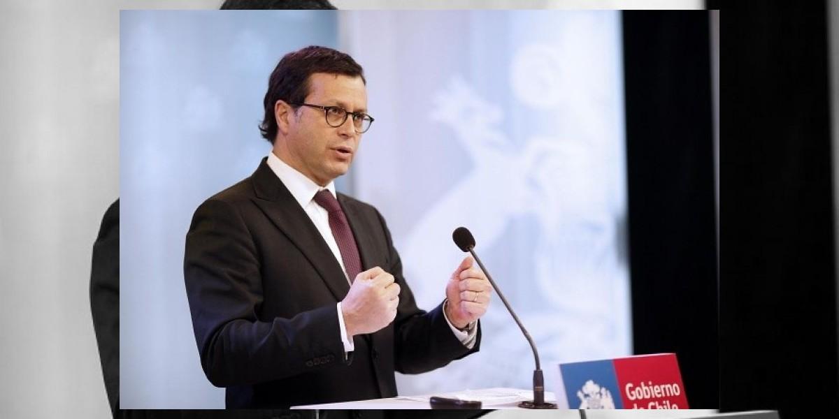 Ministro Hinzpeter espera que antes de 2014 esté operando la